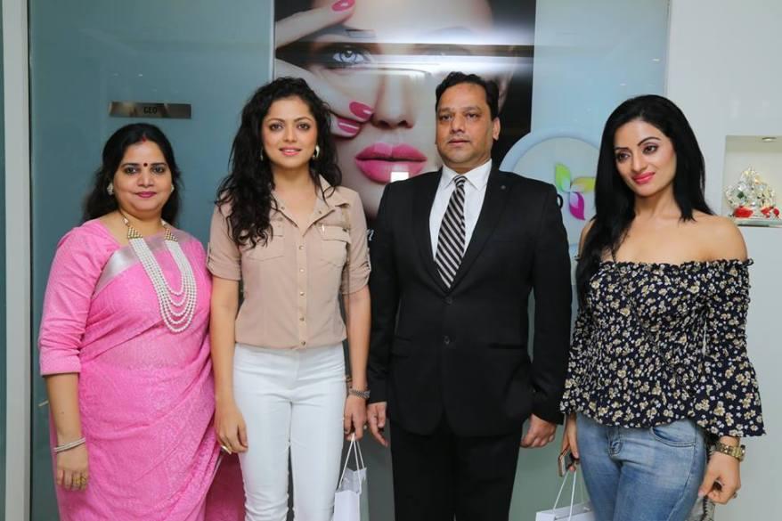 Radhika Gupta, Drashti Dhami, Dr. Yogesh Gupta, Soni Singh