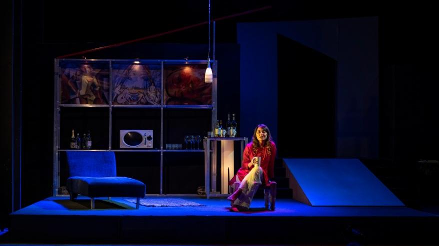 Shots from the play - Mirror Mirror by AGP World starring Minissha Lamba (2).jpg