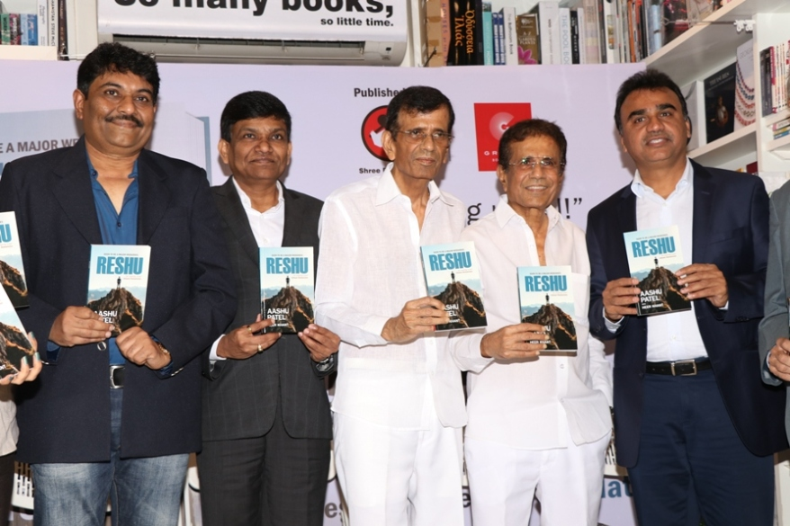(L-R) Aashu Patel, Jayantilal Gada, Abbas- Mustan and Rizwan Adatia.JPG