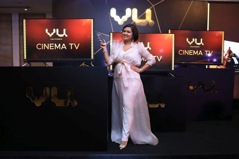 Vu Cinema TV with Chairman Devita Saraf.JPG