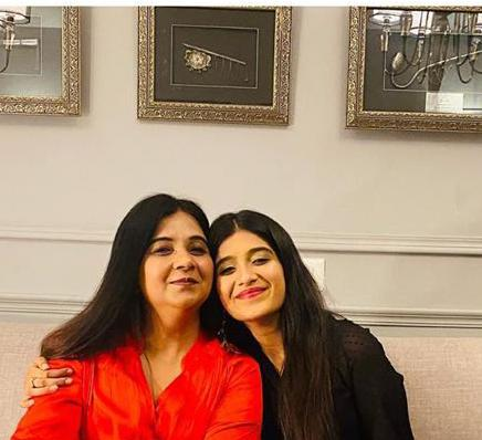 Nimrit Kaur with mother
